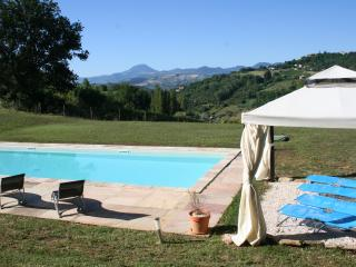 Spacious Villa with Internet Access and Satellite Or Cable TV - Castelplanio vacation rentals