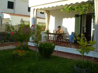 Comfortable House with Kettle and VCR in El Rompido - El Rompido vacation rentals