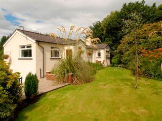 2 bedroom Cottage with Internet Access in Newton Stewart - Newton Stewart vacation rentals