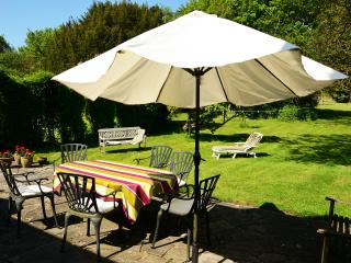 Nice Cottage with Internet Access and Washing Machine - Charing vacation rentals