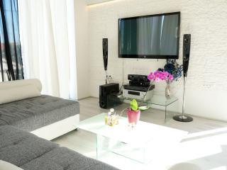 """Luxury Villa """"Antica"""" whole floor - Zadar vacation rentals"""