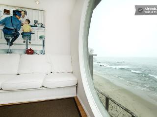 Ocean Front Malibu Beach House 3bed/2.5 bath - Malibu vacation rentals