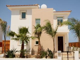 Mesogios Garden-3 bed villa, WIFI,Central Protaras - Protaras vacation rentals