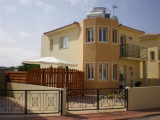 Lovely 3 bedroom Protaras Villa with Internet Access - Protaras vacation rentals