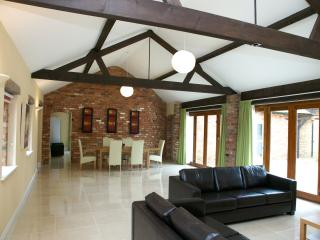 Weasels Way, Towcester, Northamptonshire. - Towcester vacation rentals