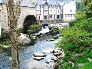 Lovely House with Dishwasher and Kettle - Moelan sur Mer vacation rentals