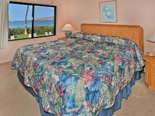 #202 - 2 Bedroom/2 Bath Ocean Front u nit on Sugar Beach! - Kihei vacation rentals