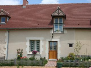 Perfect Gite with Internet Access and A/C - Genneteil vacation rentals