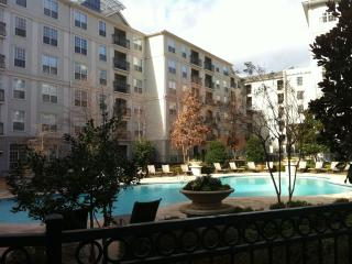 Heart of Buckhead -  2 blocks to Phipps & Lenox! - Atlanta vacation rentals