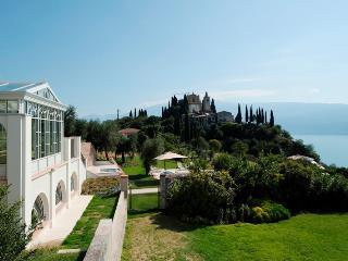 Vista Lago - Gaino - Brescia vacation rentals