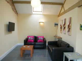 Owls Hoot, Towcester, Northamptonshire. - Towcester vacation rentals