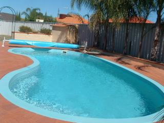 "Holiday Home and Pool ""Iandra"" Carramar/Joondalup - Carramar vacation rentals"