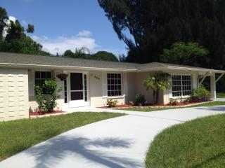 Vacation Home on Alligator Drive, Free Wi-Fi - Venice vacation rentals