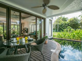 3-Bedrm Pool Villa, 1 Minute's Walk to Beach - Mae Nam vacation rentals