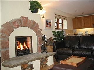 Nice Cottage with Internet Access and Tennis Court - Abernyte vacation rentals
