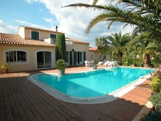 779 Provence villa with private pool and tennis - Le Luc vacation rentals