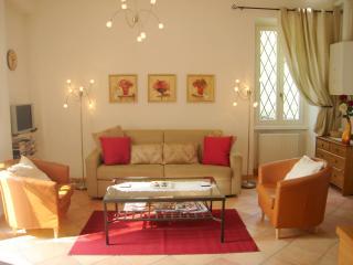 Exclusive Apartment with Parkland grounds - Menaggio vacation rentals