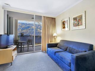 Rooftop Pool, Gym, Sauna, Spa. - Sydney vacation rentals
