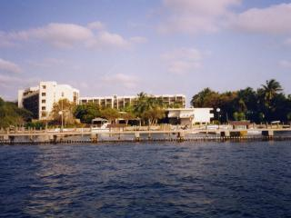 2 bedroom Apartment with Deck in Key Largo - Key Largo vacation rentals