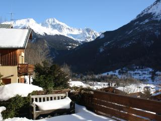 4 bedroom Chalet with Internet Access in Bozel - Bozel vacation rentals