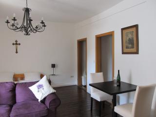 Apartment Kerner - Zur Alten Weinkelter - Ellenz-Poltersdorf vacation rentals
