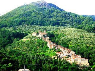I Pirami nei Borghi - Residenza Collodi,Pinocchio - Villa Basilica vacation rentals