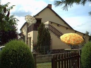 Romantic 1 bedroom Viersat Gite with Television - Viersat vacation rentals
