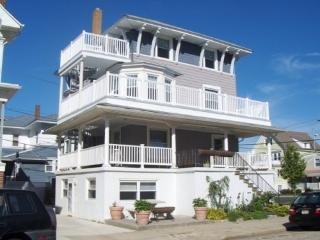 VENTNOR BEACH BLOCK SUMMER RENTAL - Ventnor City vacation rentals
