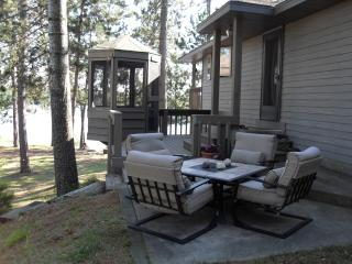 Chain of Lakes Luxury Home in Northeast Wisconsin - Wisconsin vacation rentals
