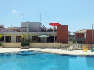 2 bedroom Bungalow with Internet Access in Choirokoitia - Choirokoitia vacation rentals