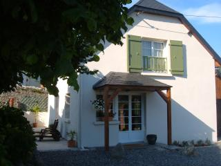 Nice Gite with Internet Access and Television - Ayros-Arbouix vacation rentals