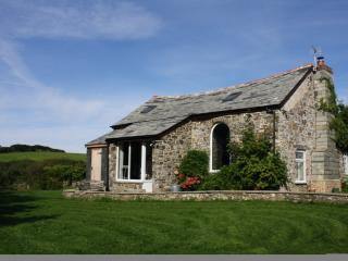 Abel's Cottage - converted blacksmith's smithy, oozing character and charm. - Crackington Haven vacation rentals