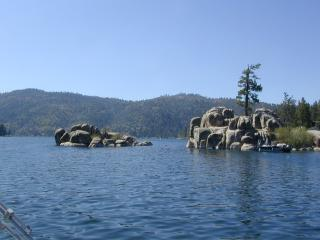 Blue Jay Lakeview. Private secluded logged cabin - City of Big Bear Lake vacation rentals