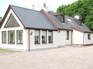 4 bedroom Cottage with Internet Access in Fort William - Fort William vacation rentals