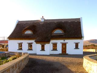 Perfect 3 bedroom Cottage in Clonbur - Clonbur vacation rentals