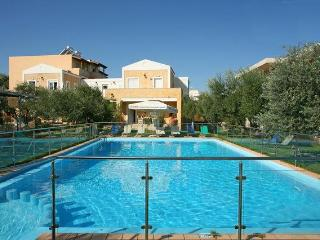 Beautiful house ELEA near the sea in Creta. - Chania vacation rentals