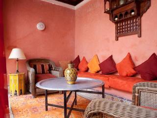 Riad Farah Amazing location traditional design - Paris vacation rentals