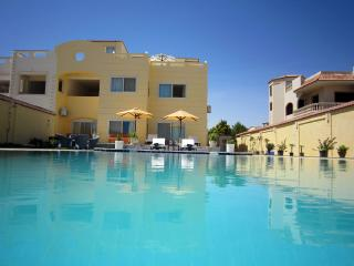 Ground floor Apartment w/ pool - Hurghada vacation rentals
