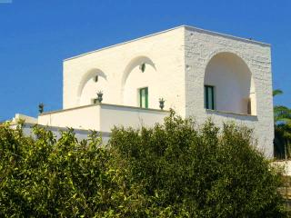B&B Masseria delle Rose 1700 - Alessano vacation rentals