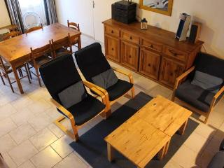 Perfect Gite with Internet Access and Dishwasher - Jonzac vacation rentals