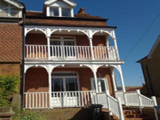 Bright 4 bedroom House in Broadstairs with Internet Access - Broadstairs vacation rentals