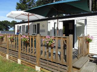 2 bedroom Caravan/mobile home with Tennis Court in Dol-de-Bretagne - Dol-de-Bretagne vacation rentals