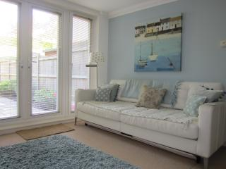 Comfortable Condo with Internet Access and Television - Broadstairs vacation rentals