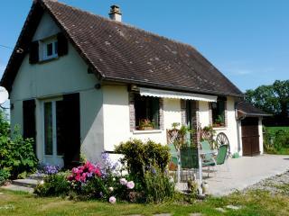 Cozy 2 bedroom Broglie Gite with Internet Access - Broglie vacation rentals