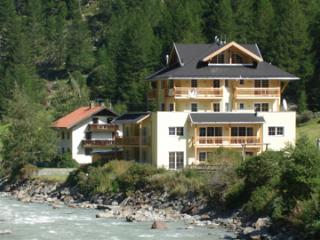 Beautiful Condo with Satellite Or Cable TV and Television - Zwieselstein vacation rentals