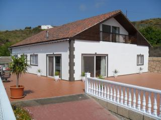 Nice Villa with Internet Access and Satellite Or Cable TV - Granadilla de Abona vacation rentals
