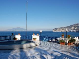 1 bedroom House with Deck in Sorrento - Sorrento vacation rentals