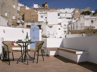 Casa Pedro - Pretty Apartment for 2-5 People - Arcos de la Frontera vacation rentals