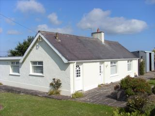 3 bedroom Cottage with Television in Bushmills - Bushmills vacation rentals