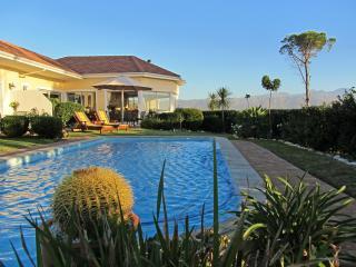 Somerset Sights B&B - Breathtaking Seaview - Western Cape vacation rentals